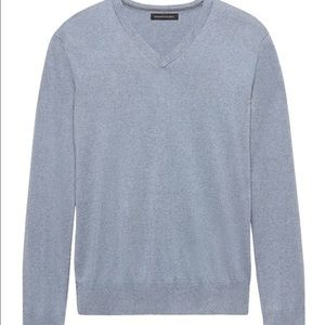 New w/o tags lgt blue silk cashmere sweater Med